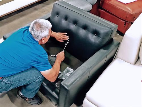 American Leather Sale – Artisan